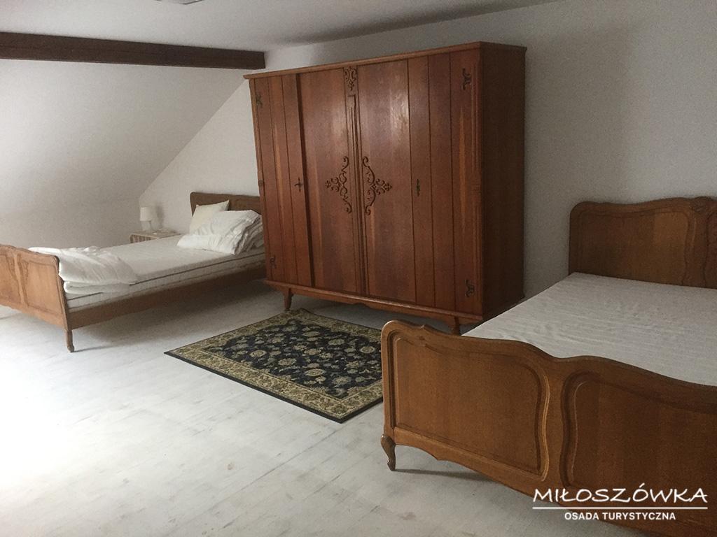 poddasze-sypialnia_Miloszowka(2)